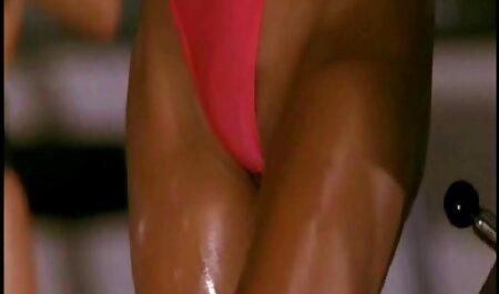 Sophie Paris und Sandy - Sweet Sapphic Sex pornos online sehen