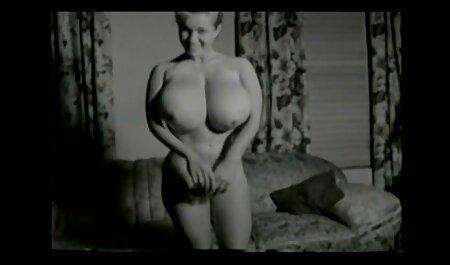 tschechische Turnerin streckt sich für pornofilme anschauen Kamasutra Fick