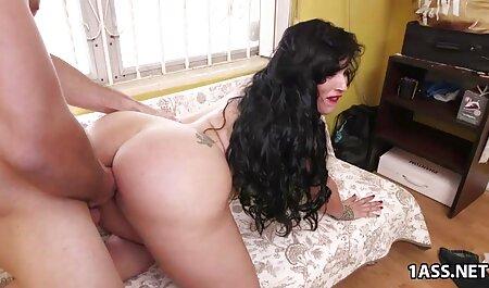 Chubby Chaser bekommt seinen Schwanz geleckt und pornofilme kostenlos anschauen gefickt