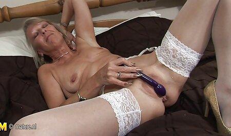 heißes Mädchen legal pornos anschauen mit großem Spielzeug