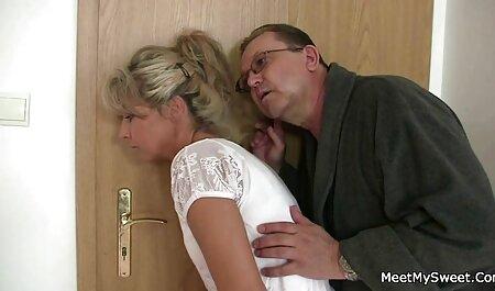 ORGASMS Fit sexy Babe liebt es deutsche pornos kostenlos schauen