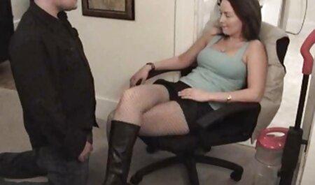 Süße Lola mit ihren Füßen in gratis pornos gucken Sperma erstickt