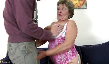 Petite gratis sexfilme anschauen Asian Cougar bekommt einen unordentlichen Creampie