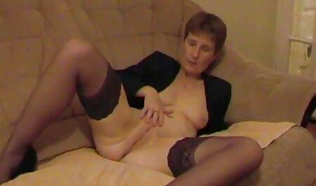 Alice Wander spielt mit sich selbst deutsche pornos ansehen vor der Webcam