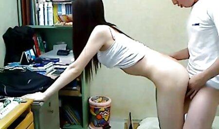 Twistys - Sexy Brünette MILF Daisy Lynn fingert sich gratis pornos gucken
