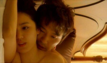 Schöne asiatische in sexy Dessous kostenlos pornos schauen masturbieren