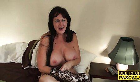 Audrey Hollander Strip dann Blowjob kostenlos pornos online sehen