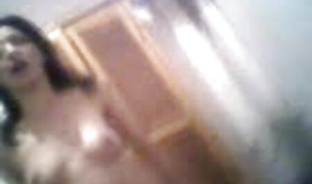 Vollbusiges Camgirl kostenlos ohne anmeldung pornos schauen