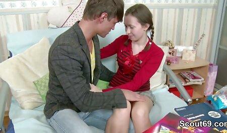 Ashton und Mia spielen Wet kostenlos ponos ansehen Rock Paper Scissor